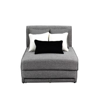 Vista frontal del sofa cama nantes con cojines blancos y negros